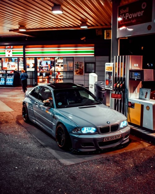 Mike-Crawat-on-Instagram_-Late-night-session-with-this-Pandem-E46-M3-.jpg